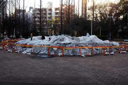 雪まつりの後