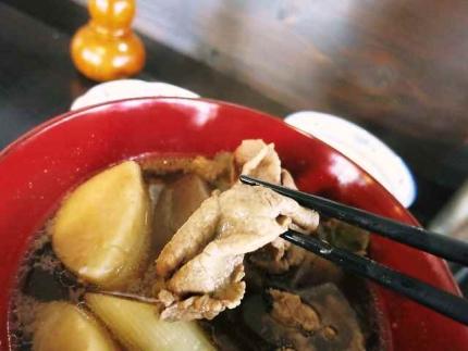 1572-28 芋煮肉