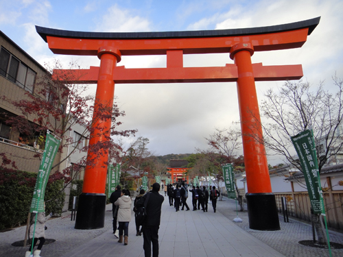 201412Fushimiinari_Kyoto-2.jpg