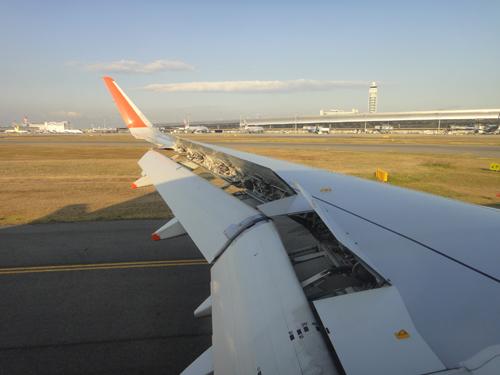 2014Jetstar_A320-12.jpg