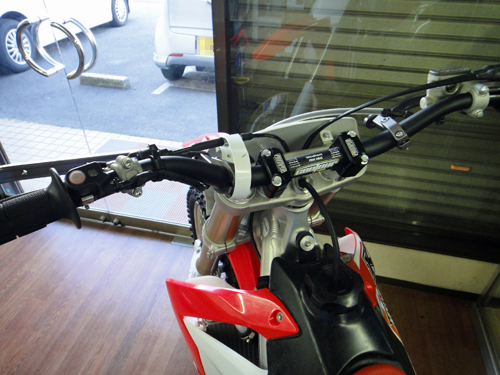 20150509CRF450_supermotard_custom-9.jpg