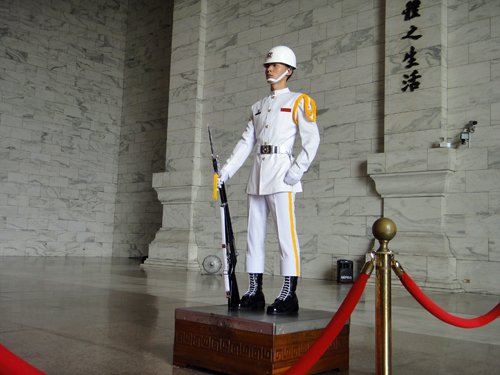 201506National_Chiang_Kai_shek_Memorial_Hall-12.jpg