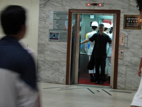 201506National_Chiang_Kai_shek_Memorial_Hall-4.jpg