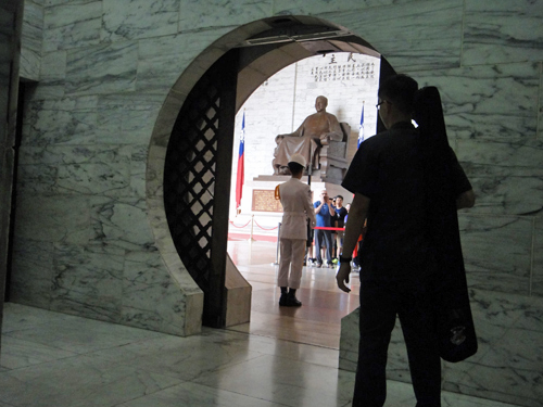 201506National_Chiang_Kai_shek_Memorial_Hall-6.jpg