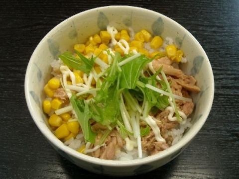 ほうとく春日山本店・H26・10 とりマヨコーン丼