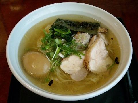 つか乃間・H26・7 鶏そば(味玉)