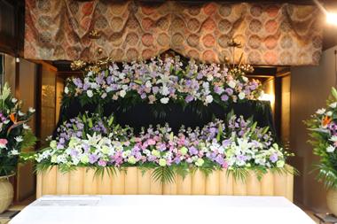閑通寺の花祭壇1