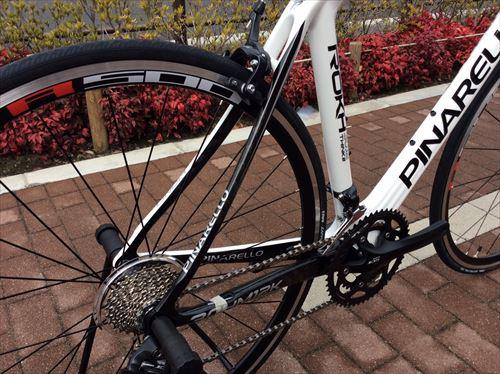 pinarelo2013-rokh 105-white-seat