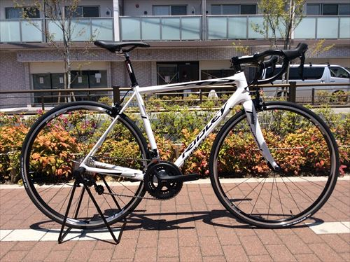 RIDLEY2015-HELIUM-white-105comp-side.jpg