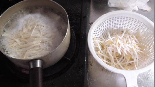 150519_ラーメン餃子唐揚げ05