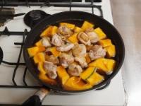 鶏とかぼちゃの煮物50