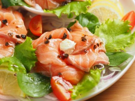 サーモン海鮮サラダ15