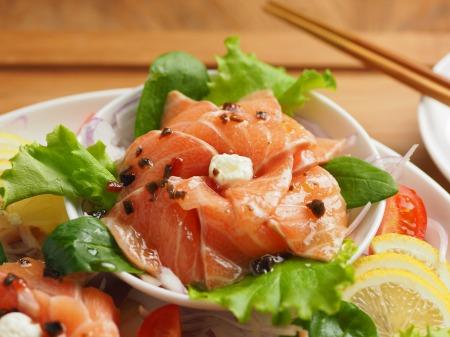 サーモン海鮮サラダ07