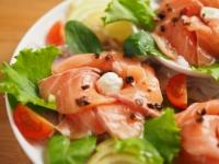 サーモン海鮮サラダ09