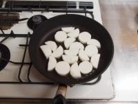 長芋とサラミのローズマリー焼き55