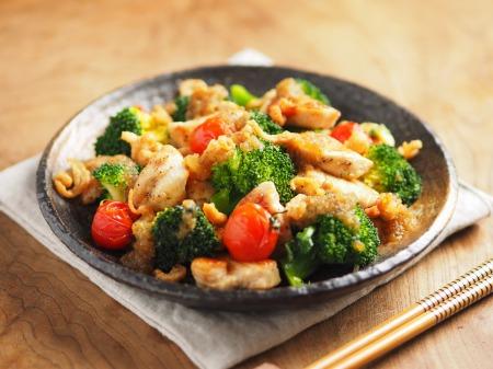 鶏むね肉とブロッコリーの焼きラ13