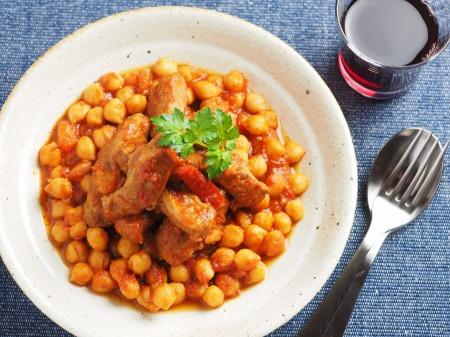 豚肉とひよこ豆のチリトマト煮16