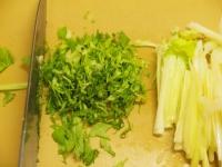 蒸し鶏とセロリのサラダ31