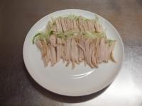 蒸し鶏とセロリのサラダ38