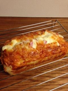 ベーコンとチーズのパン②