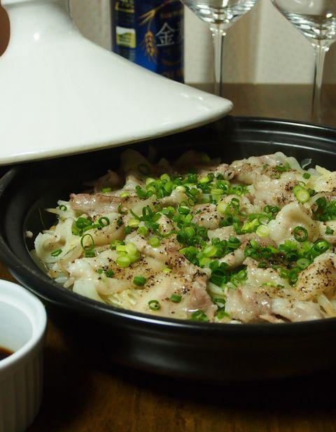 豚バラ蒸し鍋のニンニクポン酢