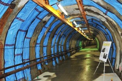 地下水やガスが噴出した坑道部分