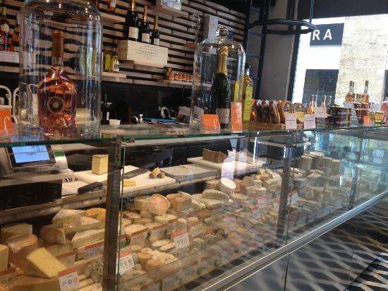 la-fromagerie-du-passage.jpg