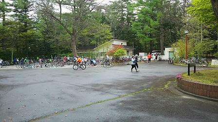 第1エイド自転車置き場