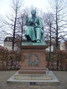 2015年3月22日 アンデルセン像