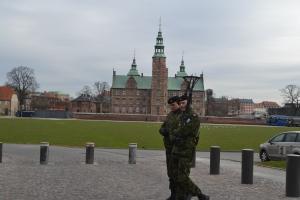 3月23日 ロゼンボー宮殿 兵隊