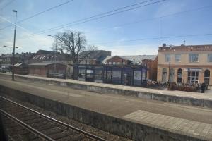 途中で一時間止まったエースレーブの駅前3