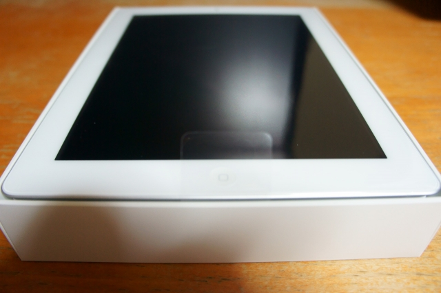 apple_ipad2_unbox_05.jpg