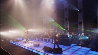 dvd_uverworld_awakeve_07.jpg