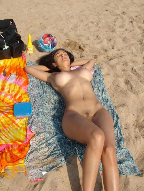 nudist-beach-omanko-marudasi-topless-05.jpg