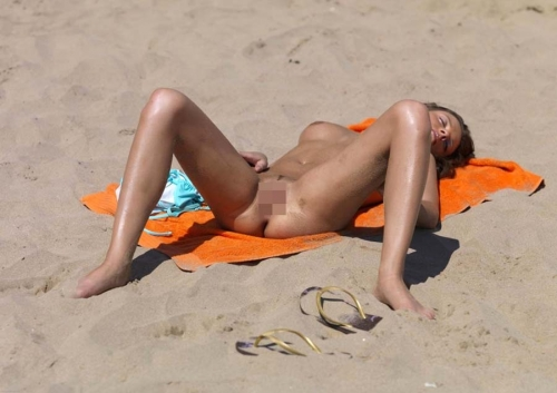 nudist-beach-omanko-marudasi-topless-50.jpg