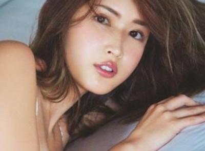 【エンタメ画像】【画像】紗栄子の「セクシー美くびれ」がたまんねえええええええええええええええ