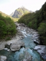 宿までの道なりにある渓谷
