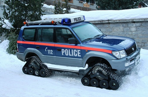 The-World's-Top-10-Most-Unusual-Police-Vehicles-7