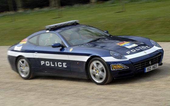 ferrari_police_car.jpg