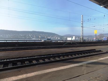 リューデスハイム駅からのライン川