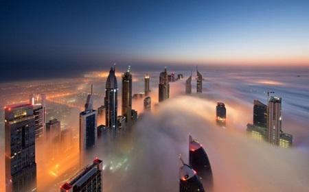 本物の霧の街