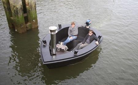普通のボート??.