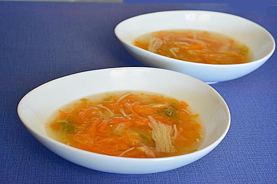 オレンジ白菜のスープ