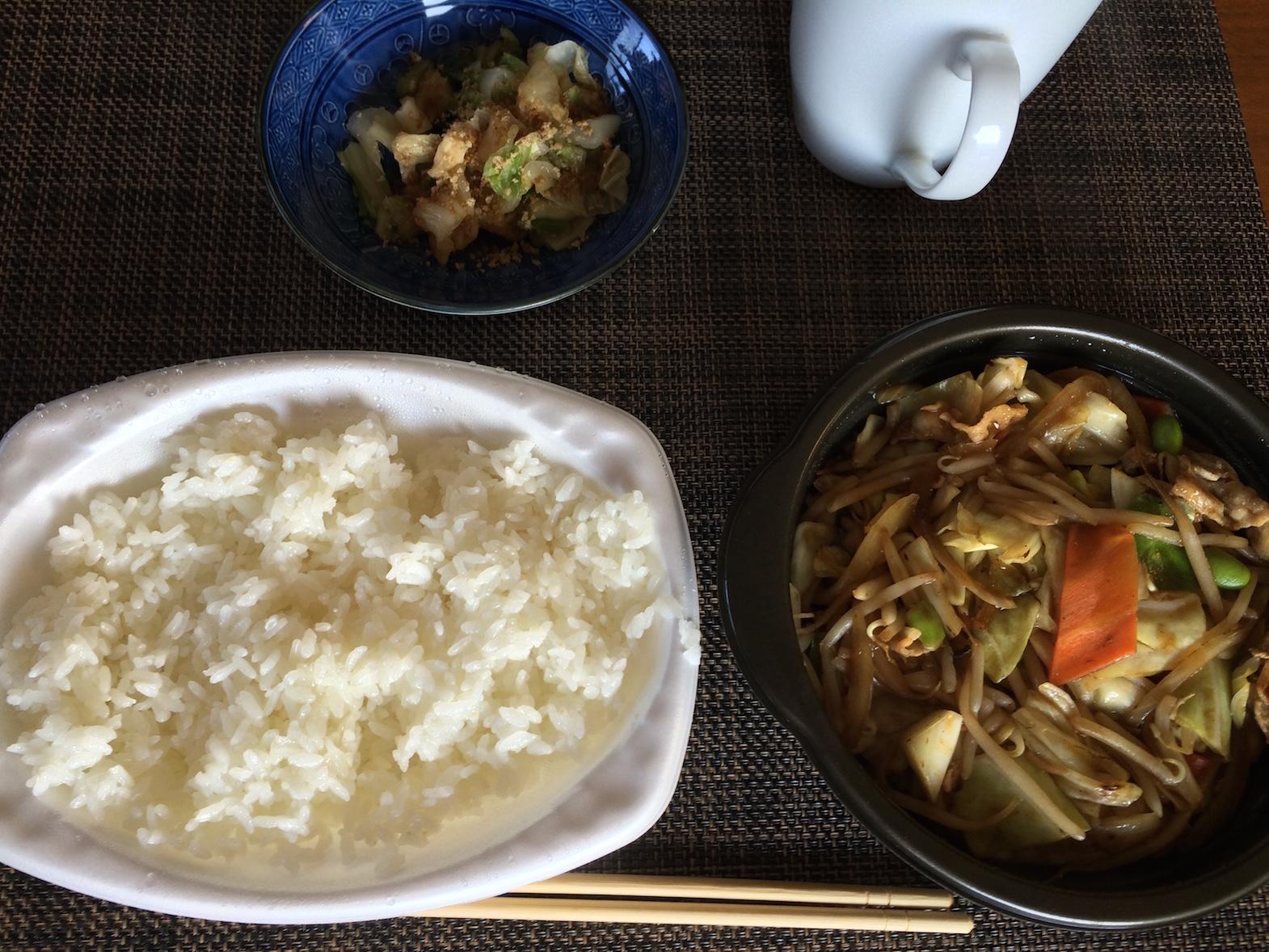 肉入り野菜炒め弁当¥500