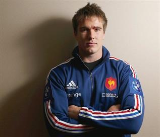 Bernard-Le-Roux-le-rugbyman-sud-africain-qui-a-choisi-le-maillot-bleu_article_main (PSP)