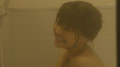 倉科カナ入浴上半身裸画像4