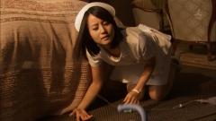 堀北真希ナース胸チラ画像2