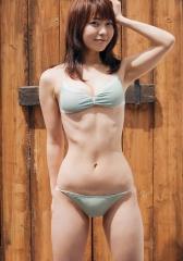 長崎真友子、手ブラエロ画像3