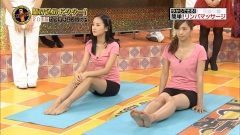 安田美沙子と高嶋香帆胸チラ谷間画像2