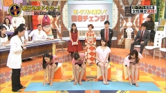 安田美沙子と高嶋香帆胸チラ谷間画像5